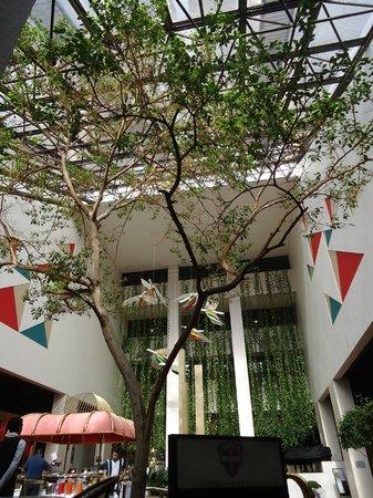 Castro's Park Hotel : Recepção, hall de entrada e restaurante