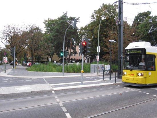 Hotel Parkidyll : Tramstation Bürgerpark