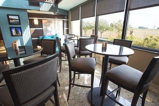 Drury Inn & Suites Champaign : Breakfast Area