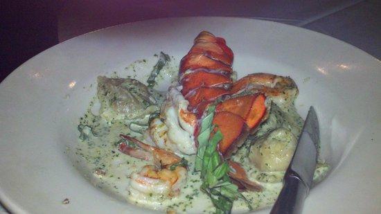 Collage Restaurant: Lobster ravioli