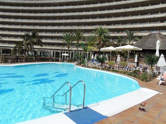 Gloria Palace San Agustín Thalasso & Hotel: Poolen