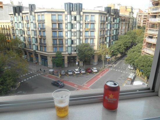 Acta Antibes: vista da rua