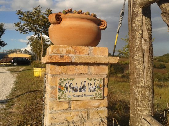 Country House Il Posto delle Viole : entrance