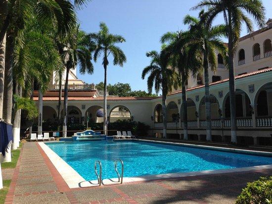 Hotel El Prado: Magnífica piscina