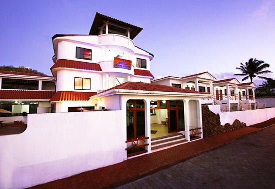 The Eco Hotel Arena Blanca : Fachada del hotel