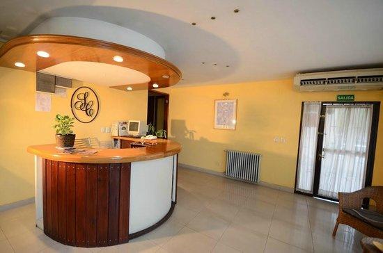 Hotel Santa Cecilia II: Recepcion