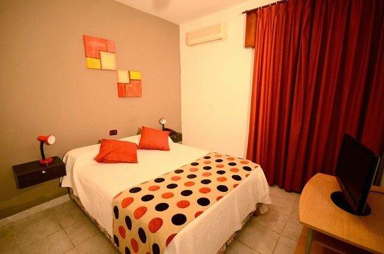 Hotel Santa Cecilia II: Habitacion