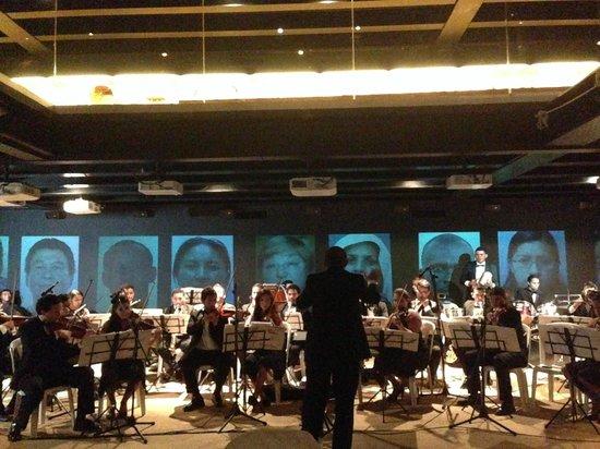 Museo del Caribe: Concierto dela Sinfónica del Atlántico en el interior del museo