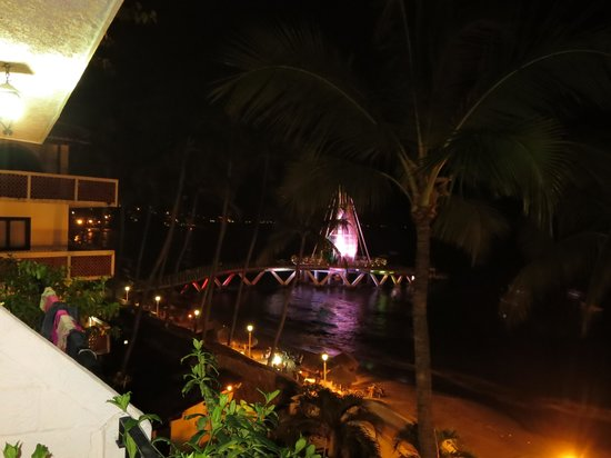 Playa Los Arcos Hotel Beach Resort & Spa: new pier from balcony