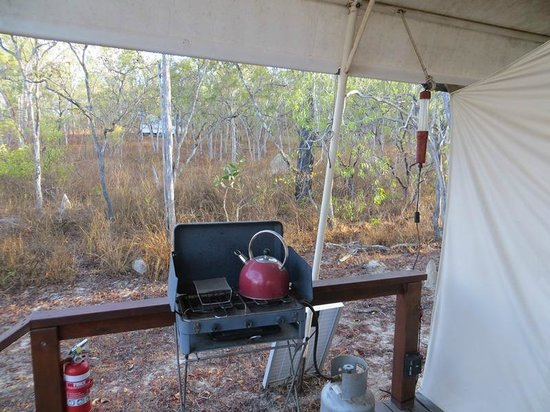 Jabiru Safari Lodge: Eco tent cook stove