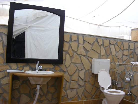 Bagno in muratura picture of the mama s resort and camp
