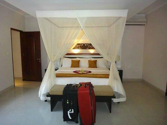 The Kunja Villas & Spa: Bedroom