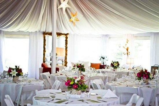 Sooke Harbour House Resort Hotel : Summer Pavilion for romantic weddings