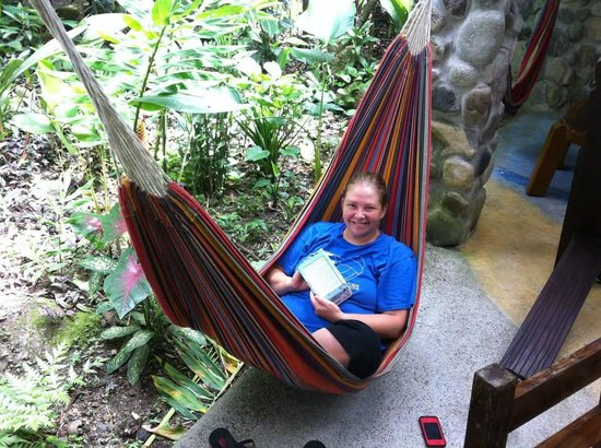 Omega Tours Eco Jungle Lodge : hammocks in the dining area