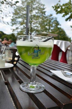 Restaurant HEat: Berliner Kindl Weisse mit Schuss (unbedingt probieren)