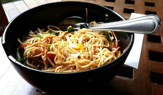 Baan Tao: Wok tossed vegetable Noodles