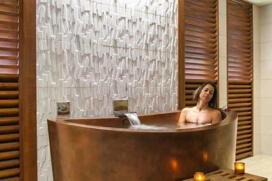 The Spa at Koloa Landing: Relaxing in an Ofure, a Japanese Style Jacuzzi