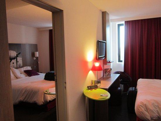 Ibis Styles Toulouse Cité Espace Hotel : Habitaciones comunicadas