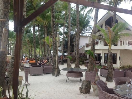 Ambassador in Paradise Resort: Компактный отель