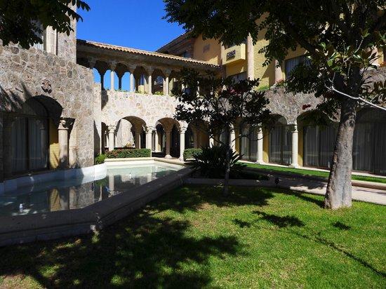Vista de uno de los jardines. - Picture of Quinta Real ...