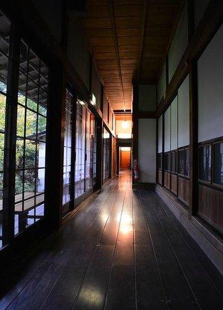 Jimyoin: Corridor