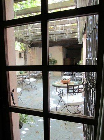 HOTEL CASA MORISCA: Entrada Terraza