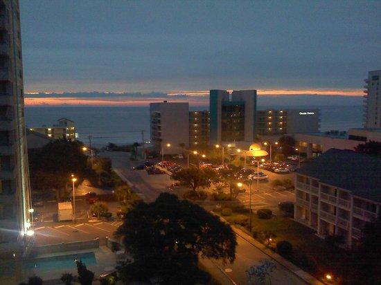 Ocean Dunes Resort & Villas: Sunrise
