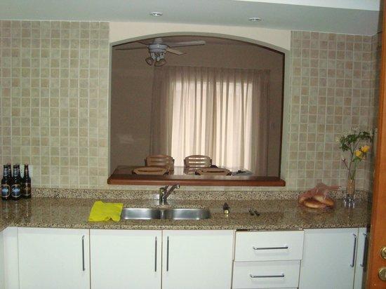 Inter Apart Hotel: cocina