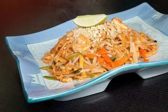 Phad thai picture of oahu hawaiian bbq sushi bar thai for Aloha asian cuisine sushi