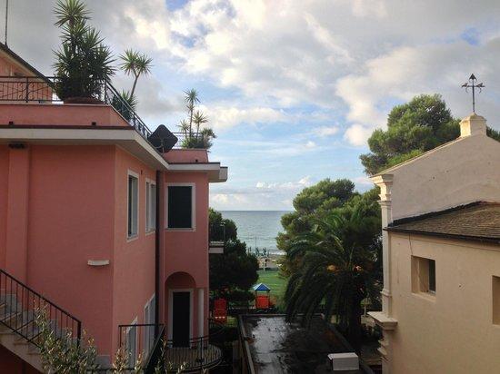 Camere/ Rooms Le Sirene & Raggi di Sole: our view