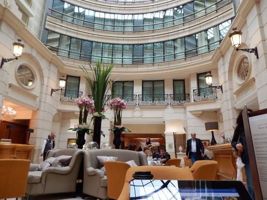 Paris Marriott Champs Elysees Hotel : beautiful lobby