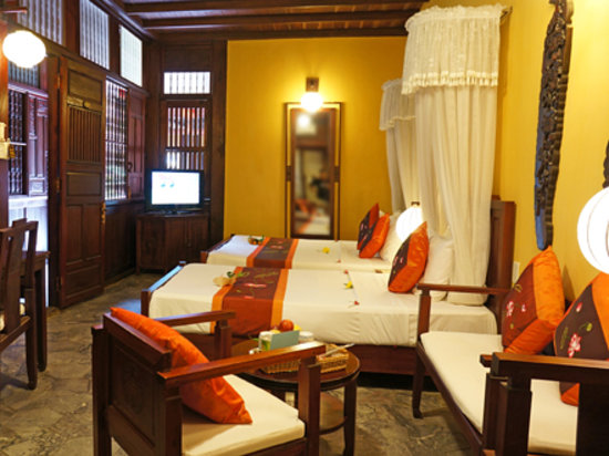Vinh Hung Heritage Hotel: Suite Room