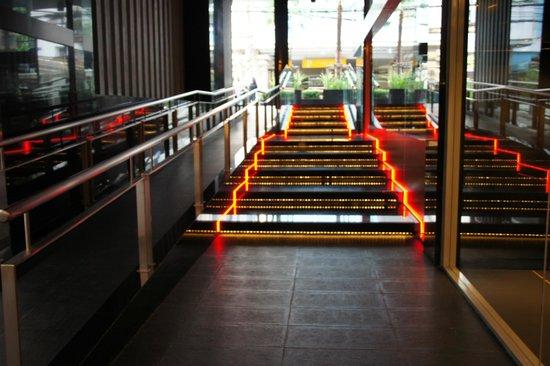 Galleria 10 Hotel Bangkok by Compass Hospitality: entrée