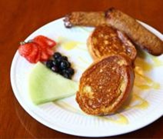 Graystone Inn : The Key Lime Stuffed French Toast