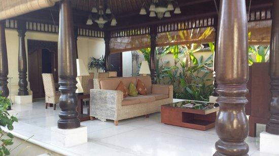 Pat-Mase, Villas at Jimbaran: Living area in our villa.