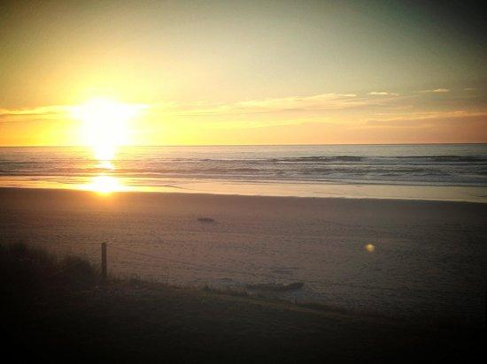 Surfside Resort: Fall sunset