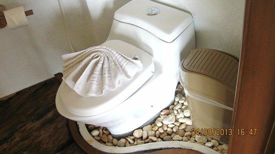 Boracay West Cove: bathroom