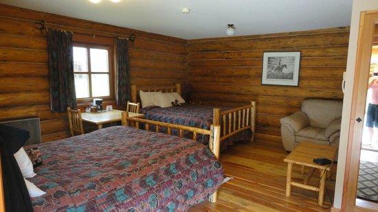 Three Bars Guest Ranch: Cabin #19