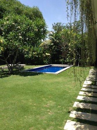 The Lodek Villas: piscina
