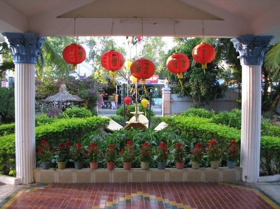 Palmira Beach Resort & Spa: Вход в отель