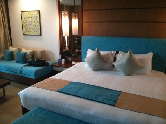 Radisson BLU Resort Temple Bay Mamallapuram: Inside the beach facing chalet