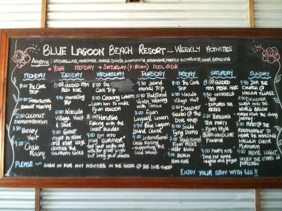 Blue Lagoon Beach Resort: Daily activities board in dining room