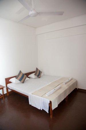 Blue Seas Guest House : Deluxe bedroom