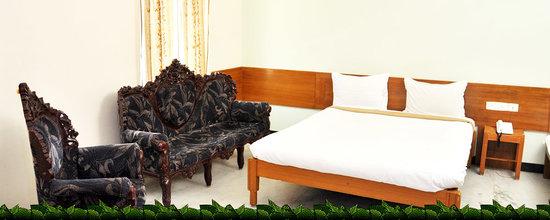 Hotel Sarvamangalam Inn: Room Front