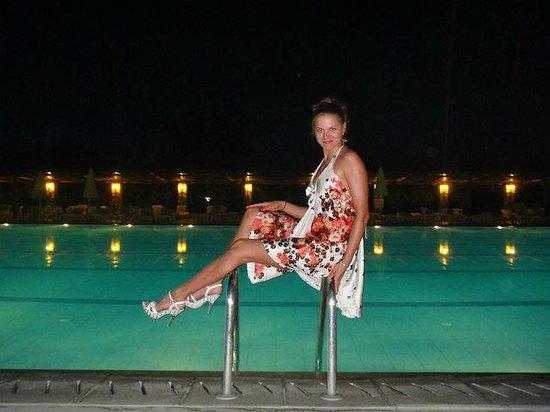 Athos Palace Hotel: Около бассейна