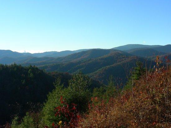 Cataloochee Valley : Beautiful