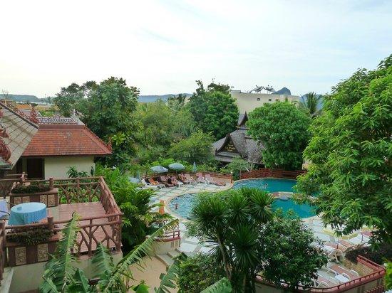 Anyavee Ao Nang Bay Resort: Вид из номера.