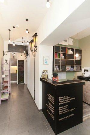 Bed & Breakfast Studio Kairos: Reception