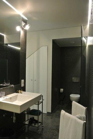 Casa Vela Guest House: Goa suite