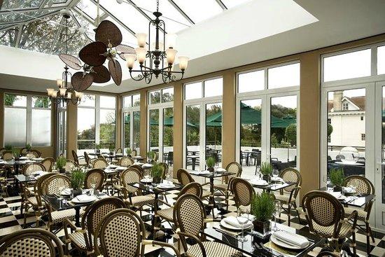 Conservatory - Leopard Bar and Restaurant